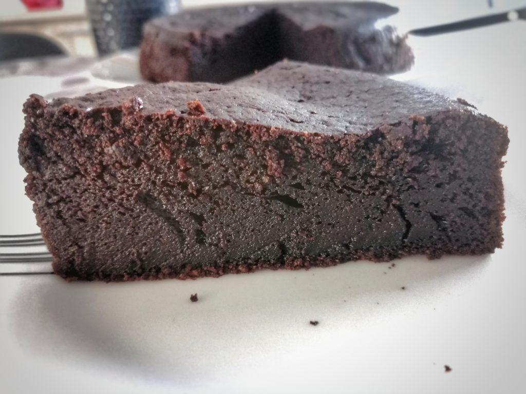 gâteau au chocolat et café